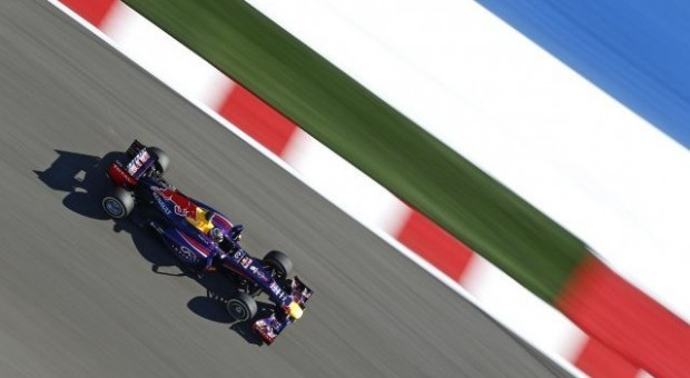 Fifth podium lock-out of 2013 season for Renault Power in USA Grand Prix