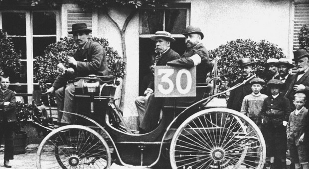 1894, Paris–Rouen: The world's first automotive endurance race