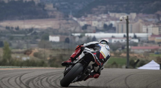 Day of mixed emotions for the BMW Motorrad WorldSBK Team at MotorLand Aragón